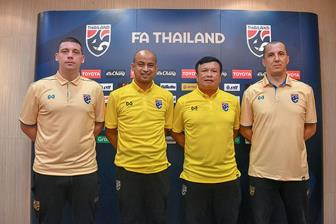 <b style='background-color:Yellow'>DT Thai Lan</b> su dung HLV noi tai King's Cup 2019