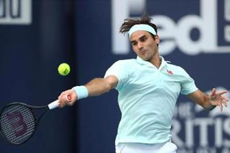 <b style='background-color:Yellow'>Federer</b> vuot Djokovic, chiem dinh bang diem Race to London