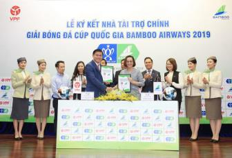 <b style='background-color:Yellow'>Bamboo Airways</b> tro thanh nha tai tro chinh cua Cup quoc gia 2019