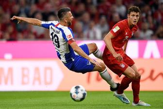 Bayern 2-2 Hertha Berlin: Bao dong do som bat