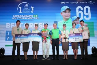 Golfer Le Cong Dung vo dich giai Bamboo Airways 18/8 Golf Tournament 2019