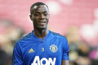 <b style='background-color:Yellow'>Man Utd</b> co hanh dong bat ngo voi Eric Bailly