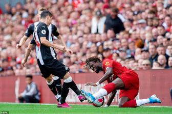 <b style='background-color:Yellow'>Liverpool</b> 3-1 Newcastle: Suc manh kho cuong