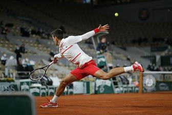<b style='background-color:Yellow'>Djokovic</b> vuot Federer o Roland Garros
