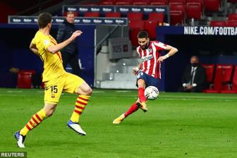 <b style='background-color:Yellow'>Atletico</b> Madrid 1-0 Barcelona: 'Benh' cu tai phat
