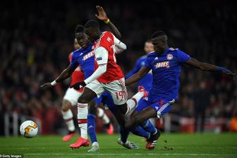 <b style='background-color:Yellow'>Arsenal</b> 0-1 Olympiacos (HP 1-2): Chao nhe, Phao thu!