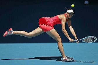 <b style='background-color:Yellow'>Sharapova</b> rot xuong thu 369 the gioi