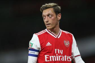 Ozil chia tay Adidas, đại diện lập tức phá vỡ im lặng