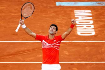 <b style='background-color:Yellow'>Djokovic</b> rong cua gianh Grand Slam thu 18
