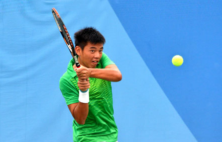 Ly Hoang Nam gap thach thuc lon tai vong 1 Nike Junior International Roehampton