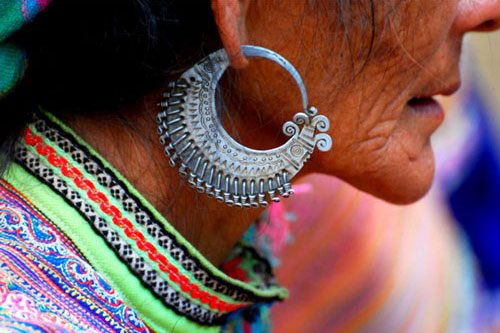 Earrings – highlights of H'mong ethnic people