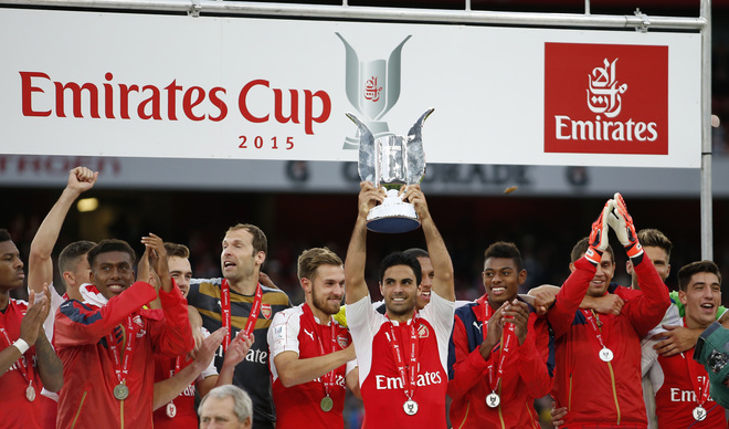 Emirates Cup hinh anh