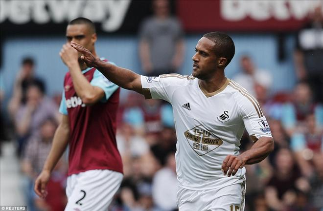 Thua sốc Swansea City, West Ham tan mộng dự Champions League