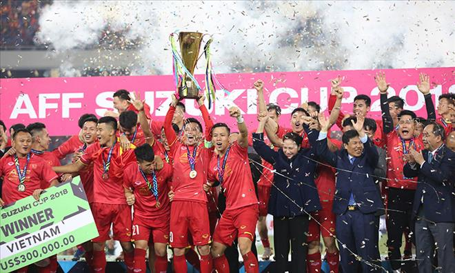 HLV Park Hang Seo chia tay 3 nha vo dich AFF Cup 2018 o VCK Asian Cup 2019 hinh anh