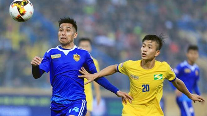 Quang Nam FC quyet bao ve thanh cong chuc vo dich V.League hinh anh