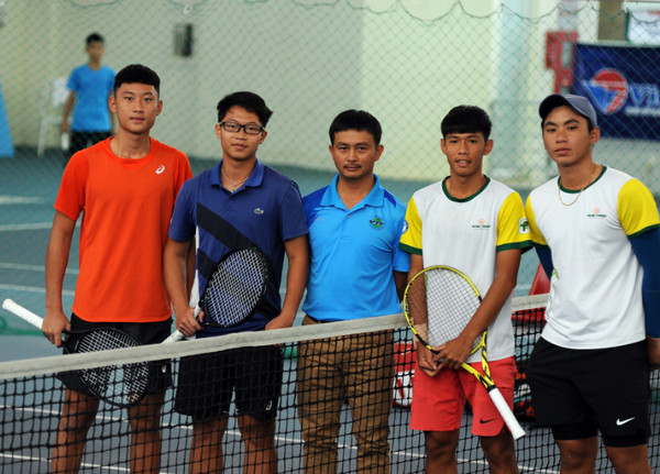 Nguyen Minh Thuy Hang vo dich noi dung don nu U16 giai VTF Junior Tour 4 hinh anh 2